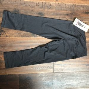 Kirkland Signature Pants - Kirkland basic everyday capris size small